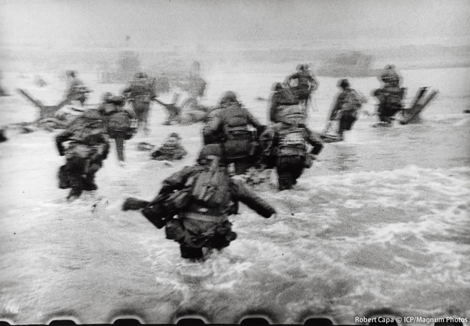 Robert Capa(C)ICP/Magnum Photos