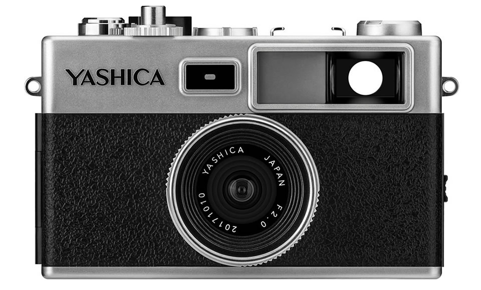 YASHICA digiFilm CAMERA Y35