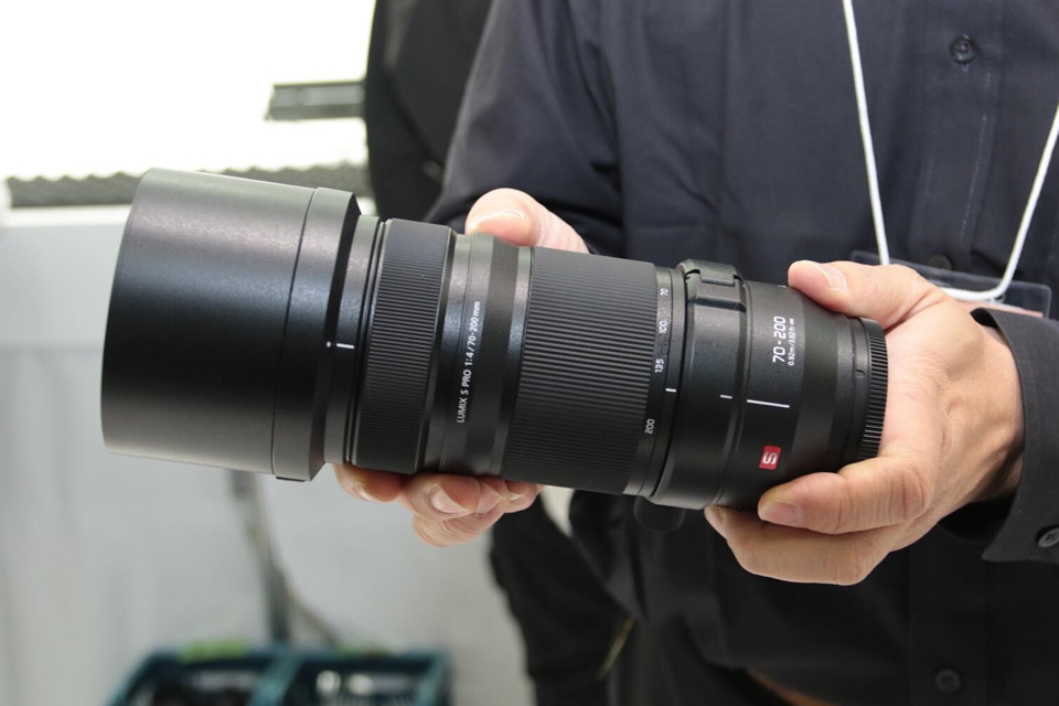 【CP+2019】パナソニックLUMIX S PRO 70-200mm F4 O.I.S.
