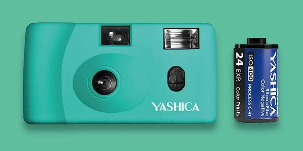 YASHICA Snapshot Art Camera MF-1