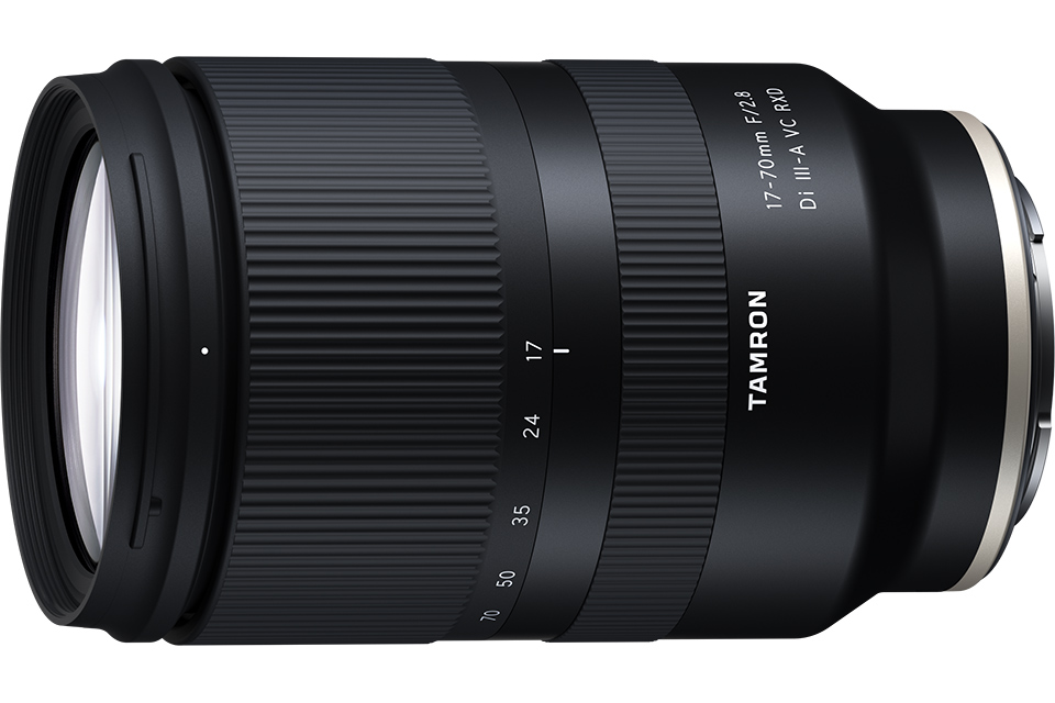EISA LENS OF THE YEAR 2021-2022 : タムロン 17-70mm F/2.8 Di III-A VC RXD